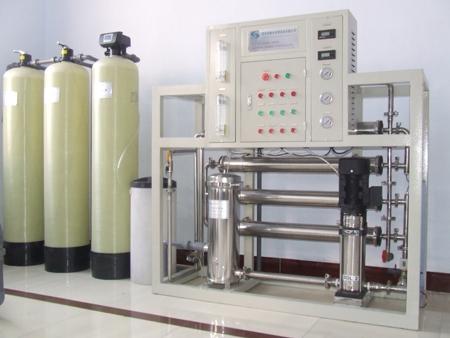 Dàn lọc nước tinh khiết công suất: 1600 lit/H